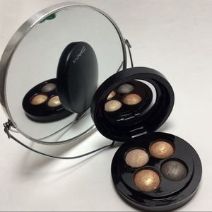 """MAC Mineral Eye Shadow Pallet """"A Glimmer of Gold"""""""